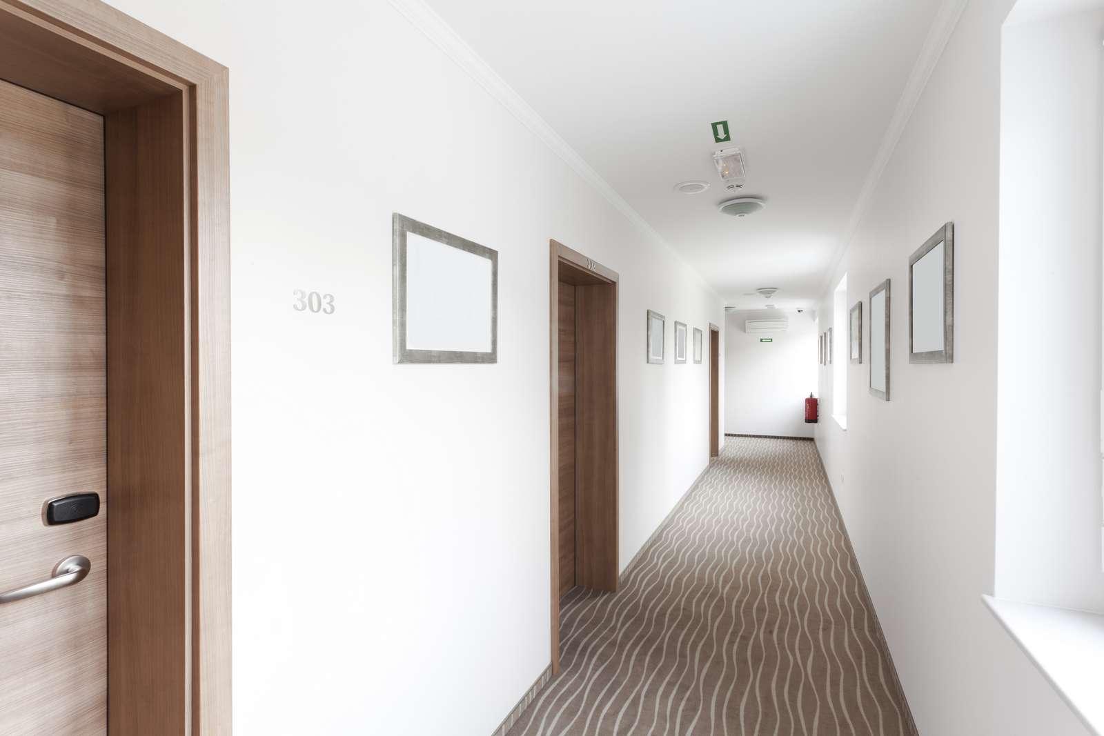 Smart Lock Bild 1 Hotelgang